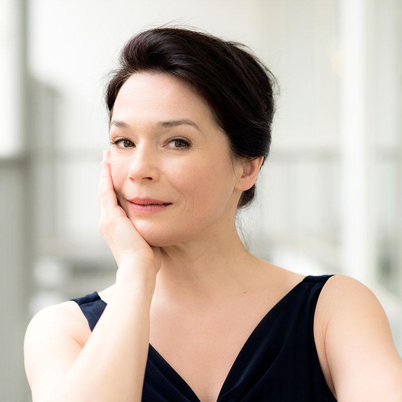 Julia Stemberger